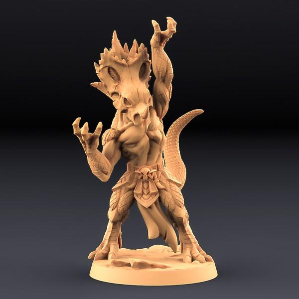 Kaztot Stormcaller - Goldmaw Lizard