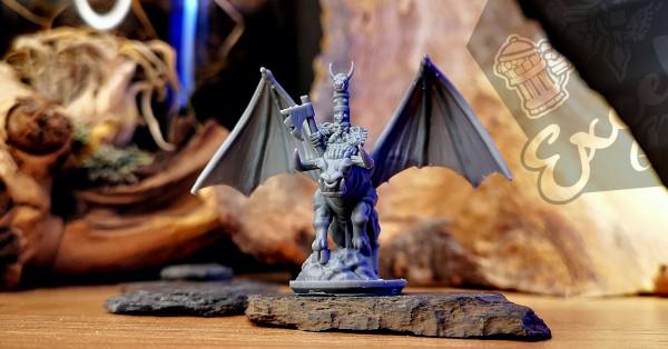 Chaos Dwarves - General on Banebull