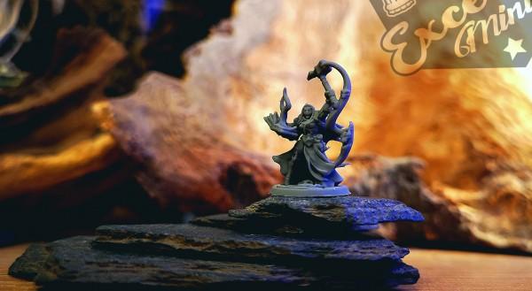 Shadow Elves - Priestess on Foot