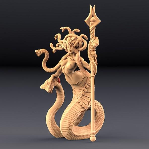 Queen Sthenaria (skimpy)